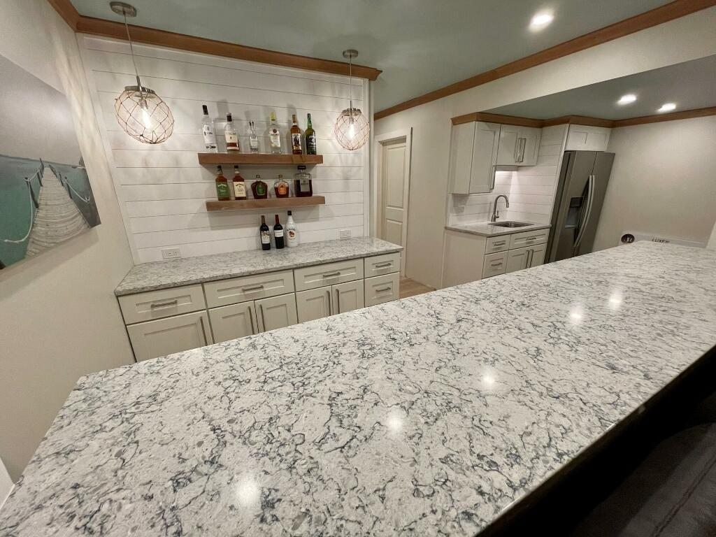 Silestone Pietra Wet Bar Countertops for Great Room